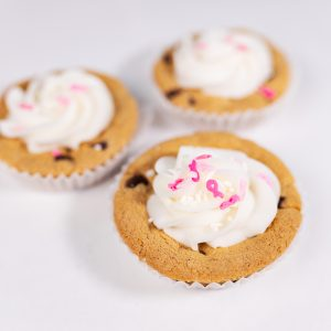 Mini Breast Cancer Cookie Cakes