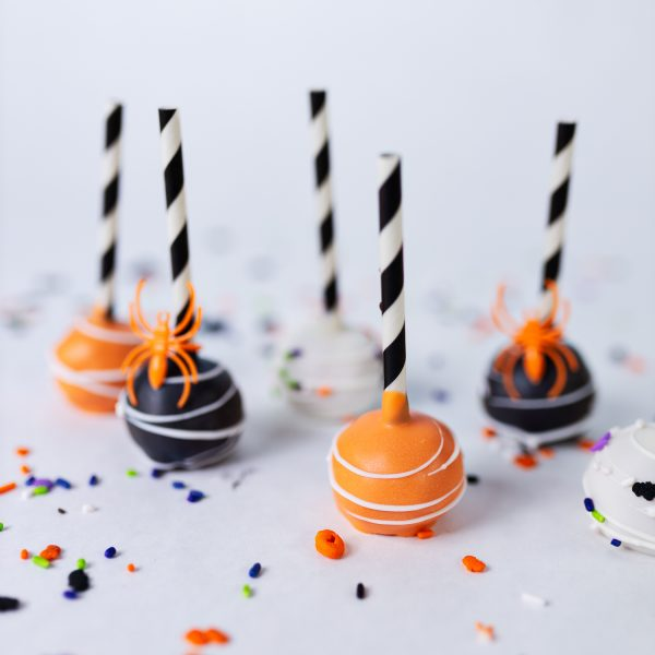 Classic Halloween Cake Pops