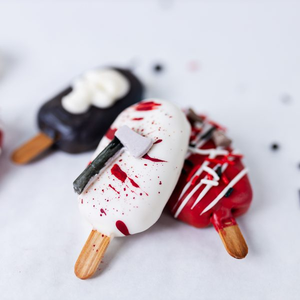 Spooky Cakesicles